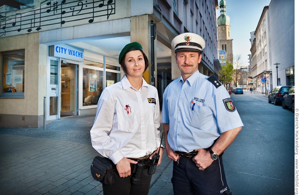 City Wache - Ordnungsamt und Polizei. Foto © Dietrich Hackenberg