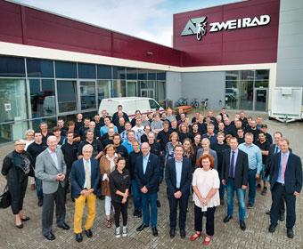 Schmeltzer besucht die AT-Zweirad GmbH in Altenberge