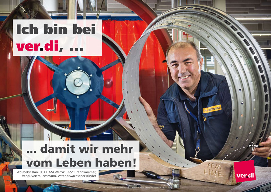 Der Entwurf des ver.di Plakates zeigt den Lufthansa Brennkammer-Techniker. Foto © Dietrich Hackenberg