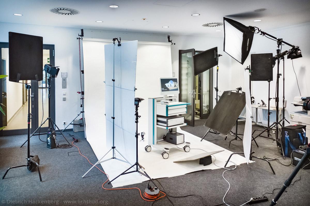 Fotostudio vor Ort im Technologiezentrum in Dortmund zur Aufnahme von technischen Geräten der Braun AG