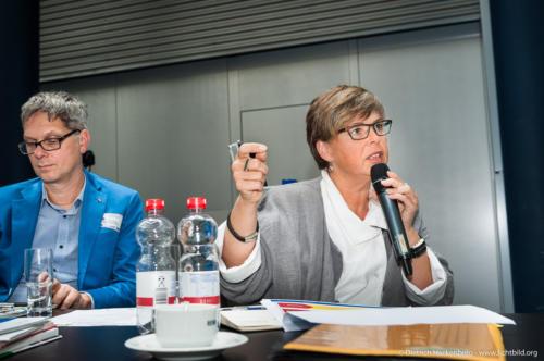 Stefanie Nutzenberger (verdi, Bundesfachbereich Handel).Fachhearing Gesundheitsmanagement und Gesunde Arbeit im Einzelhandel. Foto Dietrich Hackenberg