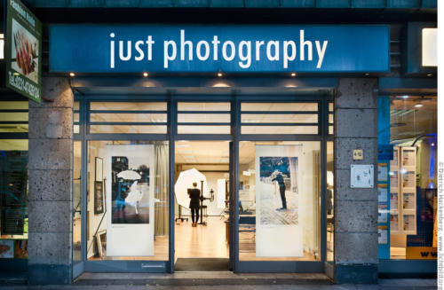 just photography - Portrait-Studio in der Hansa Straße . Foto © Dietrich Hackenberg
