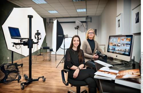 Die Fotografinnen von just photography. Foto © Dietrich Hackenberg