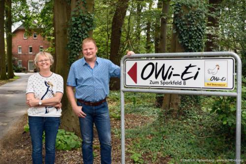 OWI-Ei-Erzeugergemeinschaft Hof Determeyer. Digitalisierungstour von Arbeitsminister Laumann. Foto © Dietrich Hackenberg