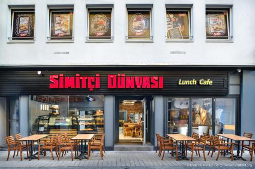 Simmitci — Türkische Backwaren. Foto © Dietrich Hackenberg