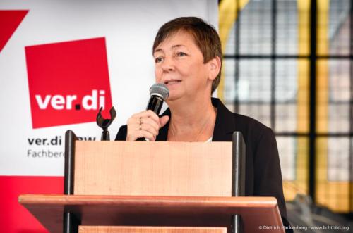 Gabi Schmidt. ver.di Handel NRW Streikkonferenz am 13.09.2019 in der Maschinenhalle der Zeche Zollern in Dortmund. Foto © Dietrich Hackenberg