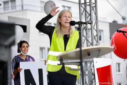 ver.di Handel NRW - zentrale Streikveranstaltung auf dem Friedensplatz in Dortmund am 07.07.2021. Foto Dietrich Hackenberg
