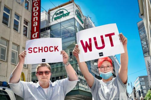 verdi Handel NRW Demonstration gegen Schließung der Karstadt-Kaufhof Filialen in Dortmund - Schock, Wut